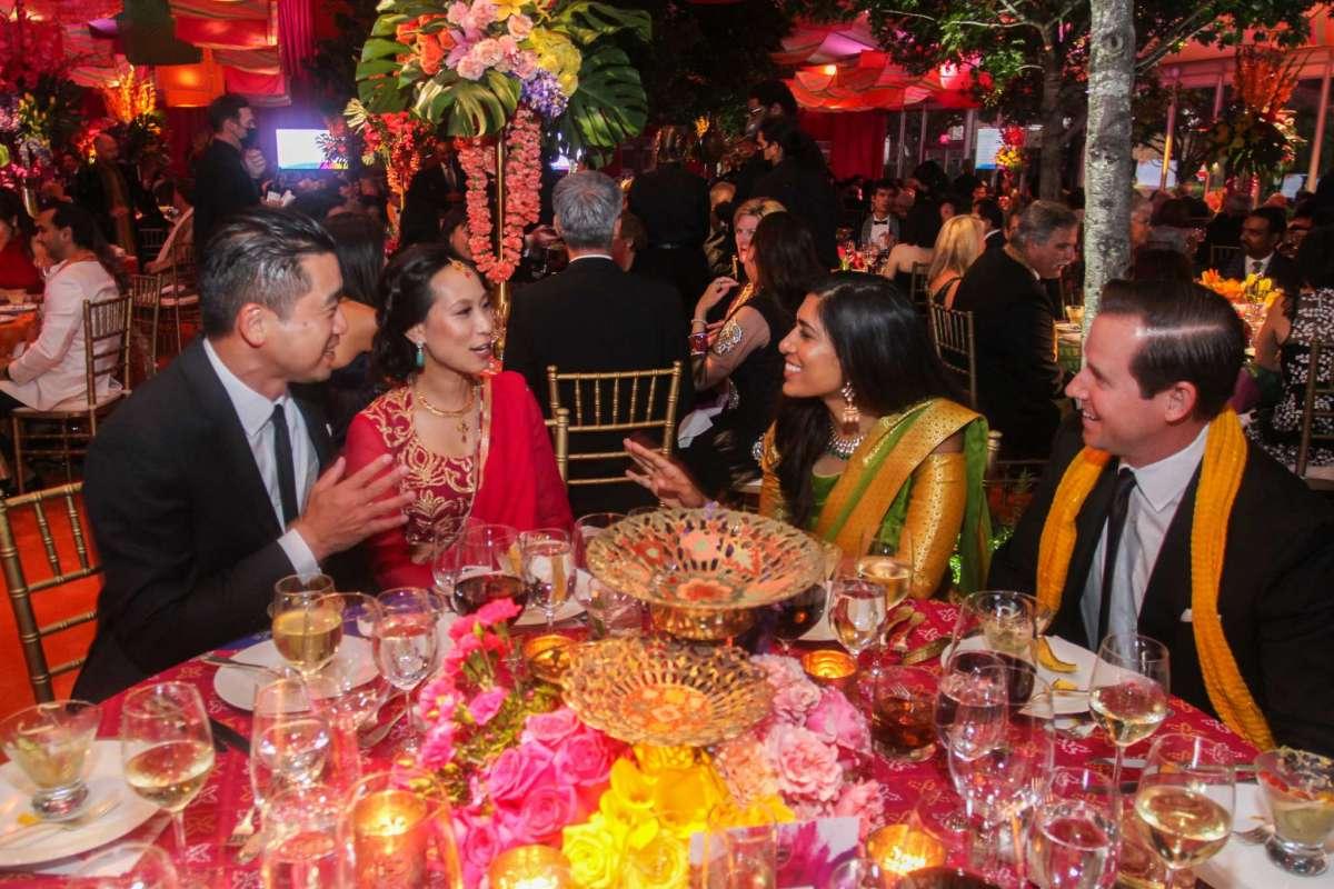 'Incredible India' Tiger Ball raises $1.3 million for Asia Society Texas Center in Museum District @asiasocietytx @AmberJElliott #lifestyle https://t.co/H9XxM2cCFw https://t.co/bGwnUKe0Gi
