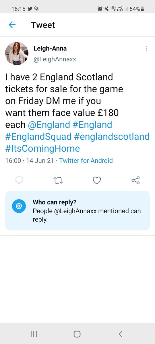 When someone tries to scam you on twitter and they are randomly using someone you know Girlfriends pics... avoid this scammer guys (not the woman, the person behind the pics)  #scammer #englandtickets #england #itscominghome #englandscotland https://t.co/BFuGEU7cmh
