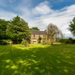 Image for the Tweet beginning: 🚨Newly launched🚨 Lingerwood Farmhouse, Dalkeith O/o £490,000 A