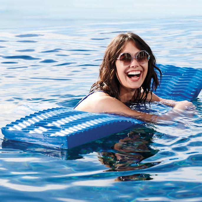 Noodle Plank Pool Float  #poolday #PoolTime #beachlife #beachvibes  https://t.co/ZnCbswVK7x https://t.co/izoe3w0hYf