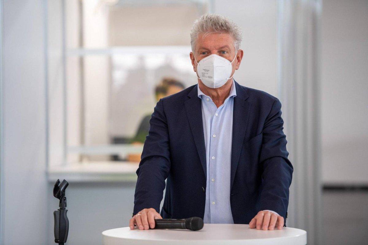 Münchner Oberbürgermeister warnt vor Corona-Ausbruch während der EM https://t.co/De0WE3ptlw https://t.co/eimVzG3lsx