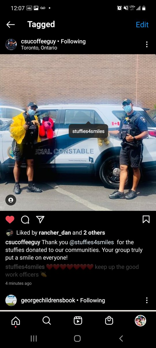 👉We are so happy 300 stuffies were donated to Toronto Housing communities for the neighborhood officers to create smiles. Stay safe 🙏 #stuffies4smiles #kindnessmatters #lawenforcement #support #teamwork #tchc #kidshelpingkids #smiles https://t.co/AWEekseU9N