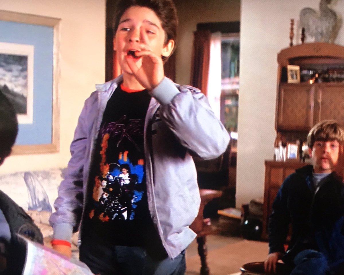 @kentarou001 グーニーズ劇中でマウスがTシャツ着ていることに気付きました! https://t.co/bIJVjC7rUb