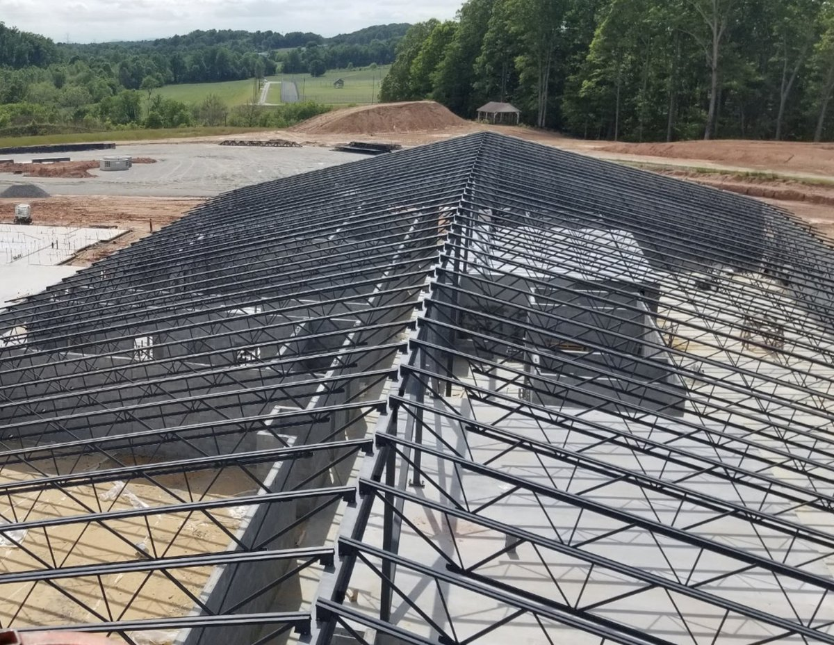 What are the Green Advantages of metal buildings? Highly recycled content—nothing is more recyclable than steel. Natural daylighting works well with metal building systems. Contact us today to learn more!  #metalbuilding #construction #contractor https://t.co/7Tnft5hQnJ