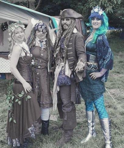 Fairytaledays with Freyja The Fairy #freyjafairy #performingarts #inspirational #mylifeasafairy #fairystories #pretend #DanceLikeNoOneIsWatching  #InspireChange #mylifeinpictures #Cosplayer #DreamsComeTrue #FireEater  #performer #entertainment #playtime #Fire #fun #fairyland #fun https://t.co/OCNeDSYFlg