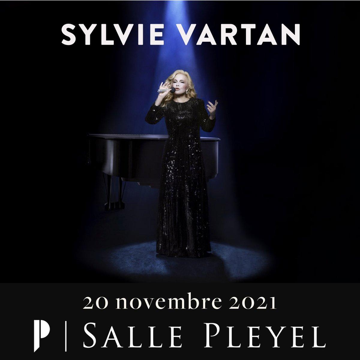 [ MISE EN VENTE ]  SYLVIE VARTAN - SAMEDI 20 NOVEMBRE 2021  #SylvieVartan se confiera comme elle ne l'a jamais fait auparavant lors d'un récital façonné des plus belles chansons intemporelles  de son