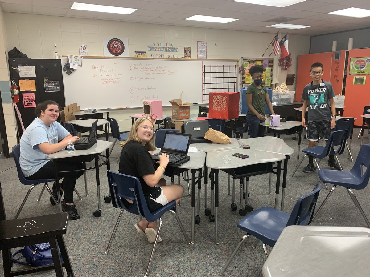 DIgnified Cougars working hard to get their Global DI flex challenge completed! @StrackKISD @LLkompelien @GordonKSee @KleinISD https://t.co/B4Lcycf96z