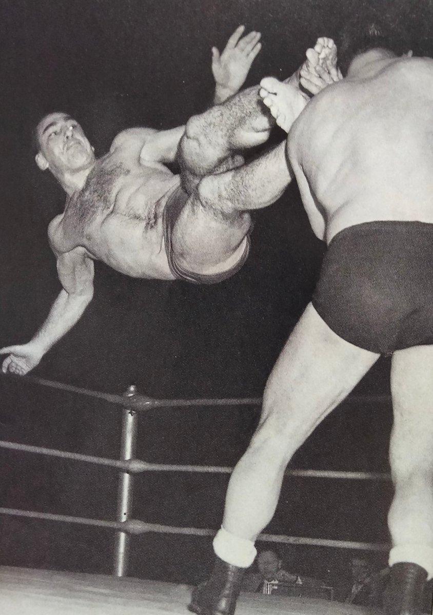 Wrestling barefoot Barefoot Boxers