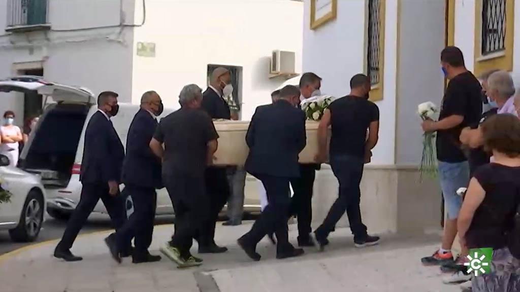 Martín de la Jara despide a Rocío Caíz, víctima de la violencia machista   🌐 https://t.co/zkZdOIIGPd https://t.co/tE3PllUt7j