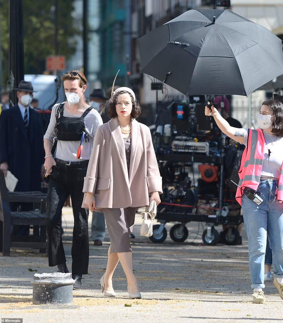 A Very English Scandal saison 2, avec Claire Foy et Paul Bettany E3C2CG_XMAAZ0Z1?format=jpg&name=medium
