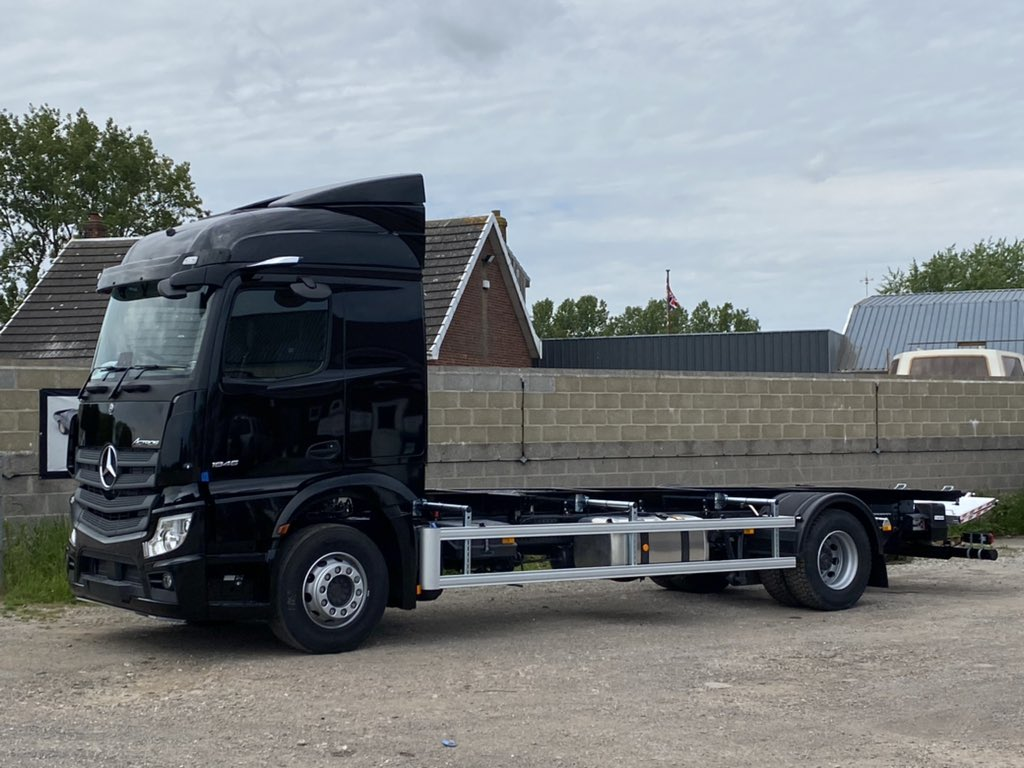 test Twitter Media - Number 6 of 20 demount chassis conversions for Ultima Furniture Systems Ltd. A big thank you to @NorthsideTruck and Ultima for their continued business. #MartinWilliamsHull #UltimaFurnitureSystems #NorthsideTruckanVan https://t.co/HLt81XUeCv