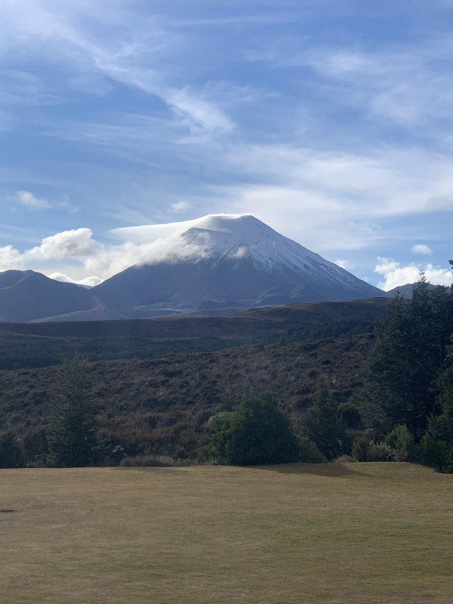 Mt Ngauruhoe in all its glory this morning...