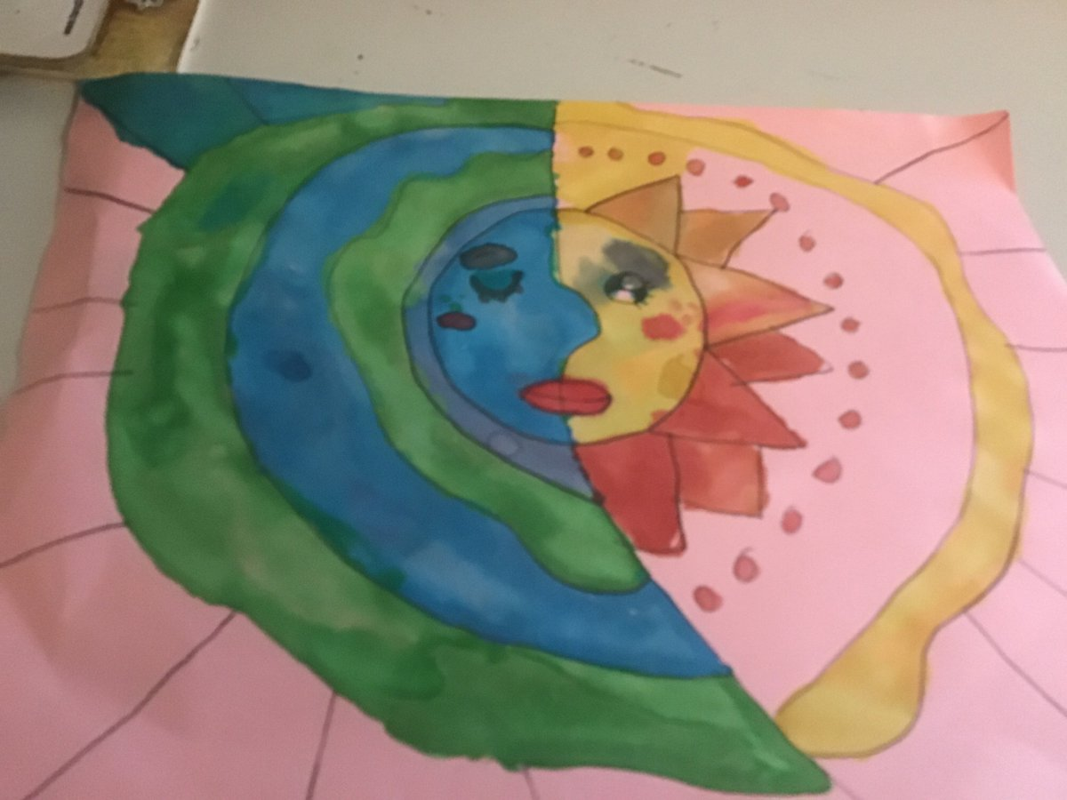 Third grade learn about warm and cool colors in these beautiful Sun and Moon artworks <a target='_blank' href='http://twitter.com/gzaberer'>@gzaberer</a> <a target='_blank' href='http://twitter.com/HFBAllStars'>@HFBAllStars</a> <a target='_blank' href='http://twitter.com/hfbPTA'>@hfbPTA</a> <a target='_blank' href='https://t.co/MdMANh5pCK'>https://t.co/MdMANh5pCK</a>