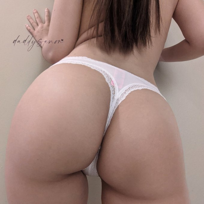 Yay! I just sold my Store Item: White Cotton Lace Trim Thong! Check it out here https://t.co/PcwOO13fAA