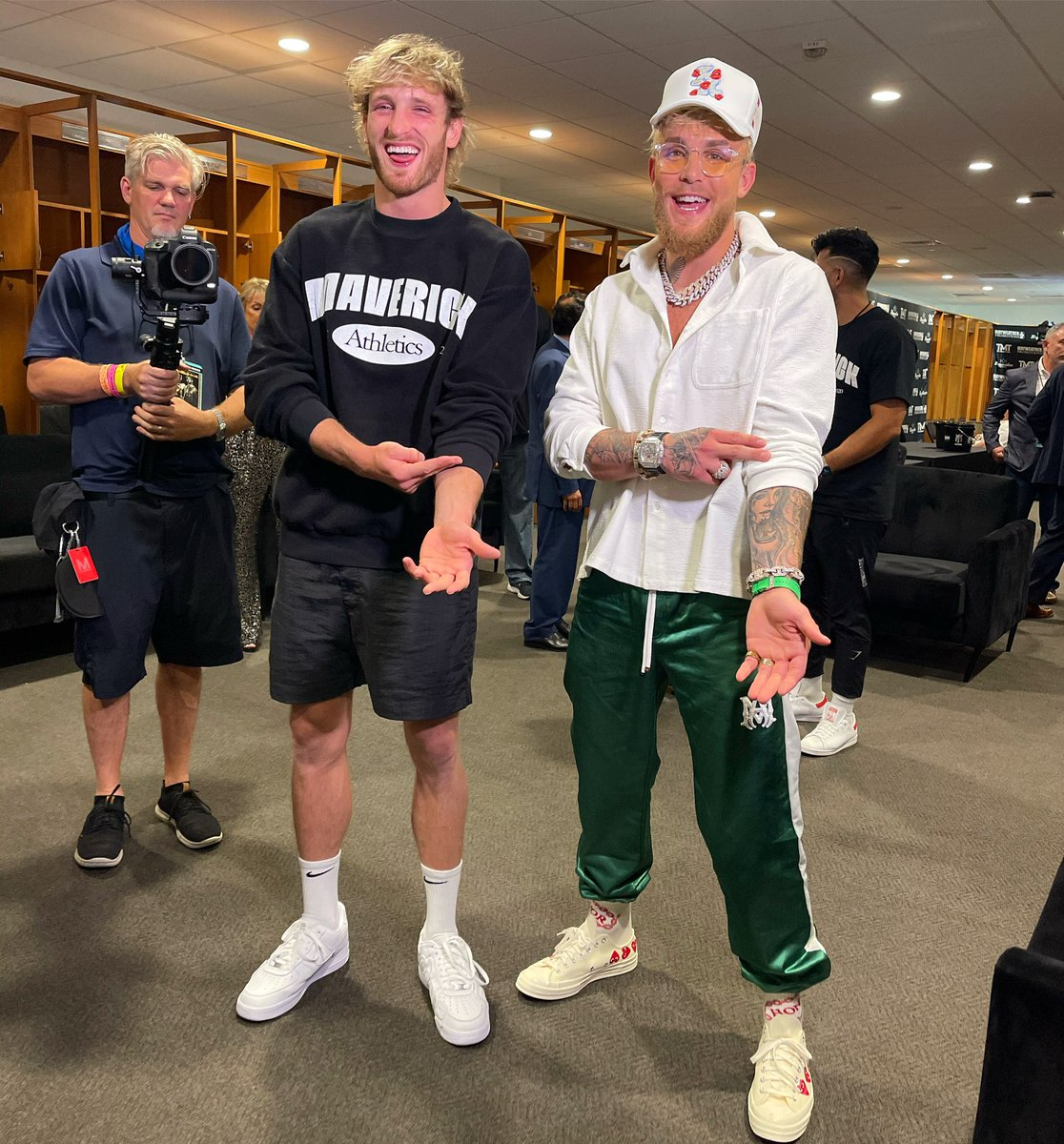 Jake Paul On Twitter The Younger Us Wouldn T Believe How Far We Ve Come It S Showtime Love You To Death Big Bro Loganpaul