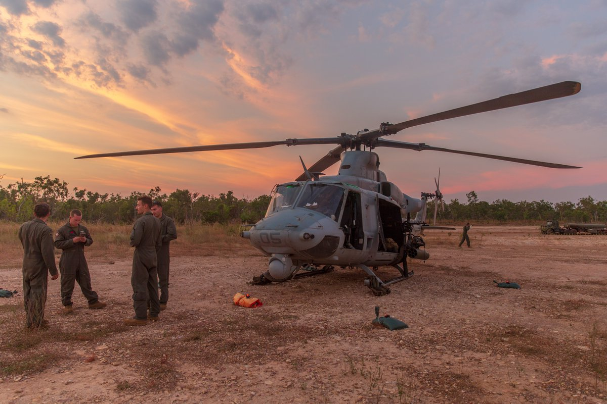 A UH-1Y Venom with VMM-363 (Rein), @MrfDarwin is stationary at a FARP after completing a live-fire training.  The training hones #Marines capabilities as a skilled expeditionary fighting force.   #FightNow #FreeAndOpenIndoPacific https://t.co/5znmOzAAG9