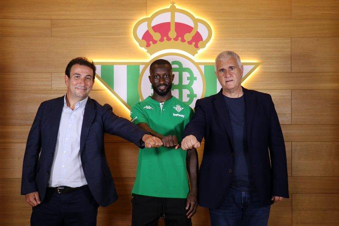 Son dakika transfer haberi: Galatasaray'ın gündemine gelen Youssouf Sabaly Real Betis'te (GS spor haberi)