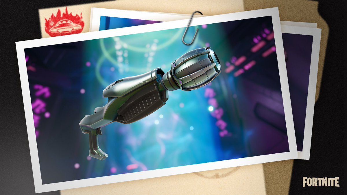 Kymera's Ray Gun is just one of the many incredible weapons added today with #FortniteSeason7! https://t.co/YZtUPwkCGx
