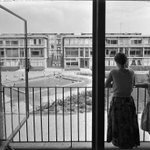 First-time buyers on the #housingmarket are having a hard time in the #Netherlands due to the #housingshortage  #priceincreases   #overstrained #HousingCrisis  #huizenmarkt   📷 Mother and daughter on balcony. #architect #GerritRietveld, #Utrecht  1957. © Jan Versnel/MAI