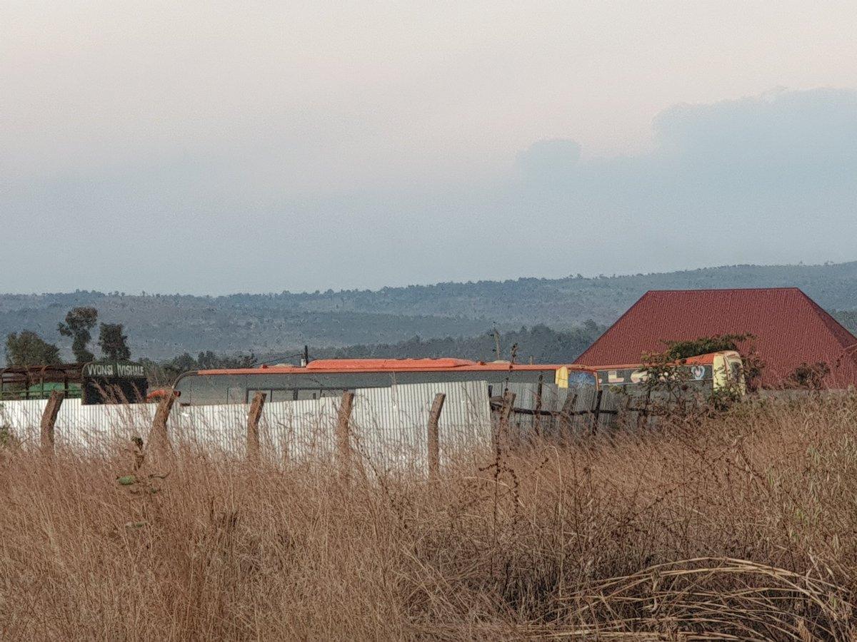 Saa 12:54 jioni  #Kigoma huko kwenu si giza muda huu? 😂 https://t.co/oklsZ2VDiE