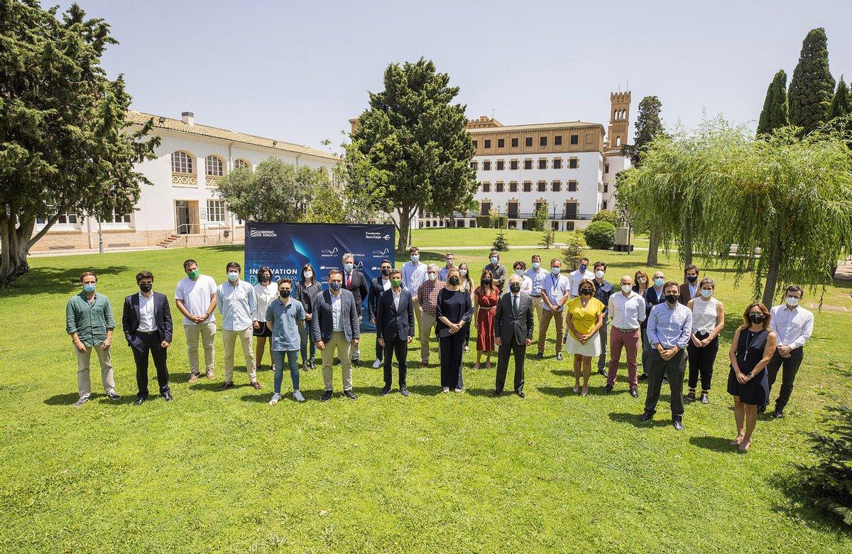 ➡️  Ocho startups presentaron ayer sus proyectos de movilidad eléctrica en la 3ª jornada del #InnovationDay de Fundación Ibercaja, Mobility City e Iberdrola  ¡Gracias a todos por participar y estar con nosotros!  Accede desde aquí al directo 👇🏽    https