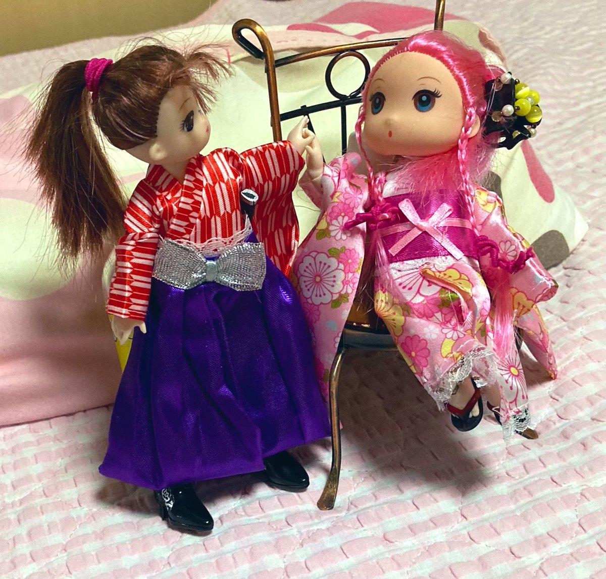 test ツイッターメディア - 【ドール苦手な人閲覧注意】  姫と女剣士の友情的なシチュエーション  #セリアドール #セリア #ダイソー #エリーちゃん服 #ドール #可動式ドールボディ https://t.co/rKhcVhsefK