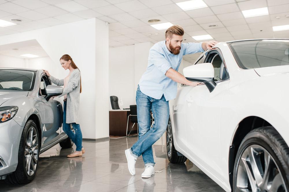 Sifo: Stora skillnader när kvinnor och män väljer bil https://t.co/TjpbhigXKc https://t.co/0riocOrZX3