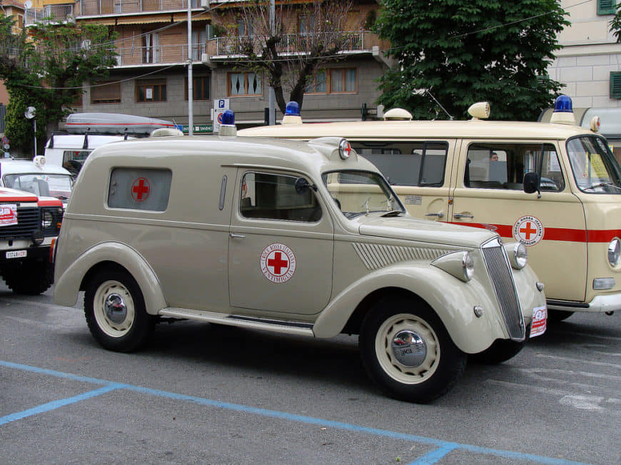 Lancia Ardea ambulance #Lancia https://t.co/wMME6gYU5o