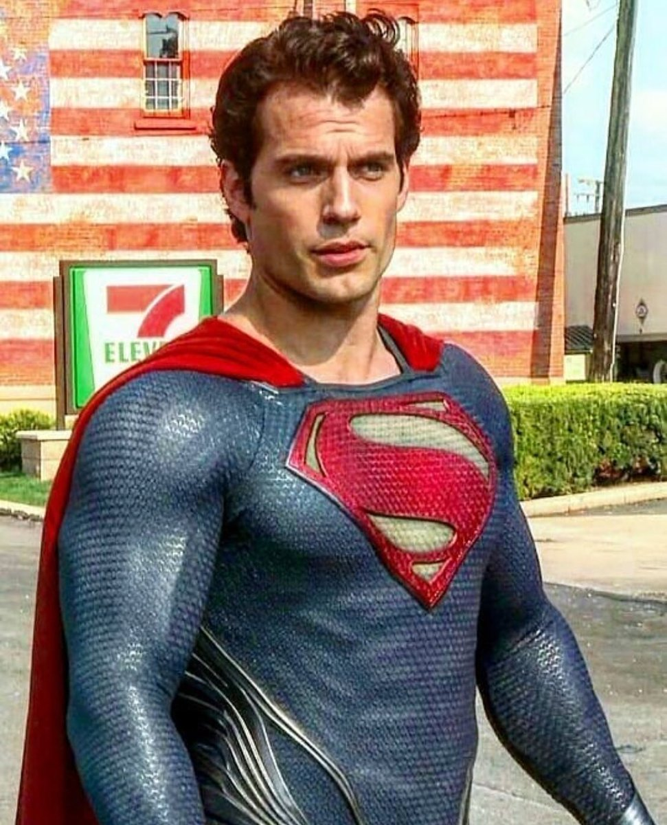 RT @KEVINTOMIRANDA: Retweet if you loved Henry Cavill as Superman https://t.co/70B17gHNgc