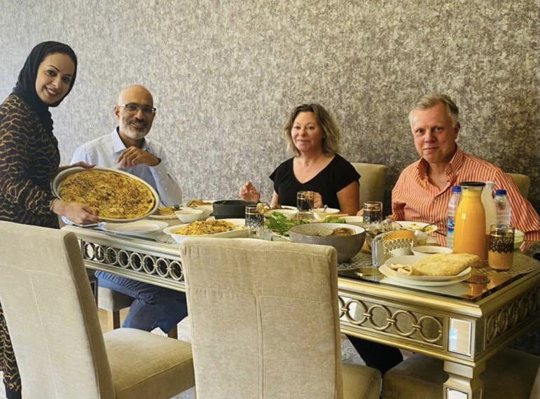 Thank you very much @YNadheri for a wonderful Yemeni lunch offered to members of the Dutch Embassy team in Amman, including an exquisite Bint al Sahn. Great to discuss recent developments in #Yemen and the excellent work of @Peace_Track https://t.co/bH4JWEdAap