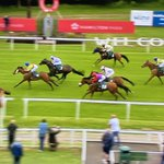 Congrats @amajox @MC_ENNIS WINS @HamiltonParkRC #HardSolution defies rise in weights to repeat @Redcarracing victory @omeararacing #2from2 #strengthinsaddle #topride #topjock #14ran 💪🙌👏👏👏🥂