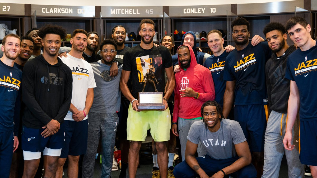 """""""I have an organization, a coaching staff, my teammates that all believe in me every single night and I give them that confidence back and we do it together.""""  #TakeNote   @rudygobert27 https://t.co/UphJ8ihOOQ"""