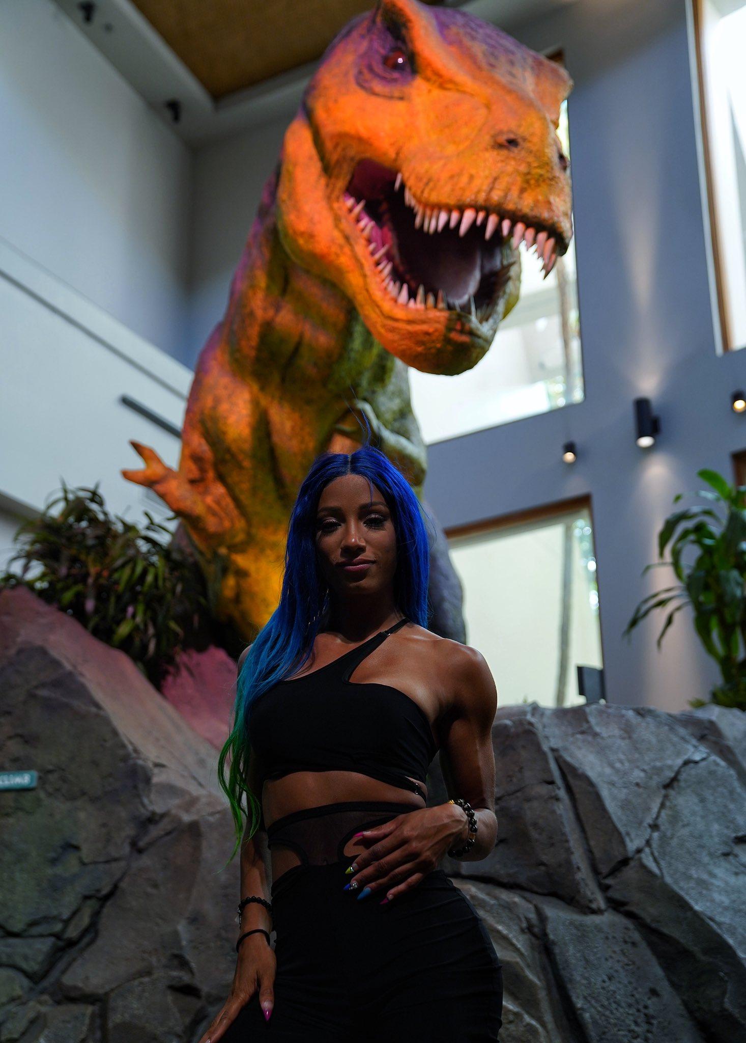 Sasha Banks Visits Jurassic World In Florida; See Photos By WWE 3