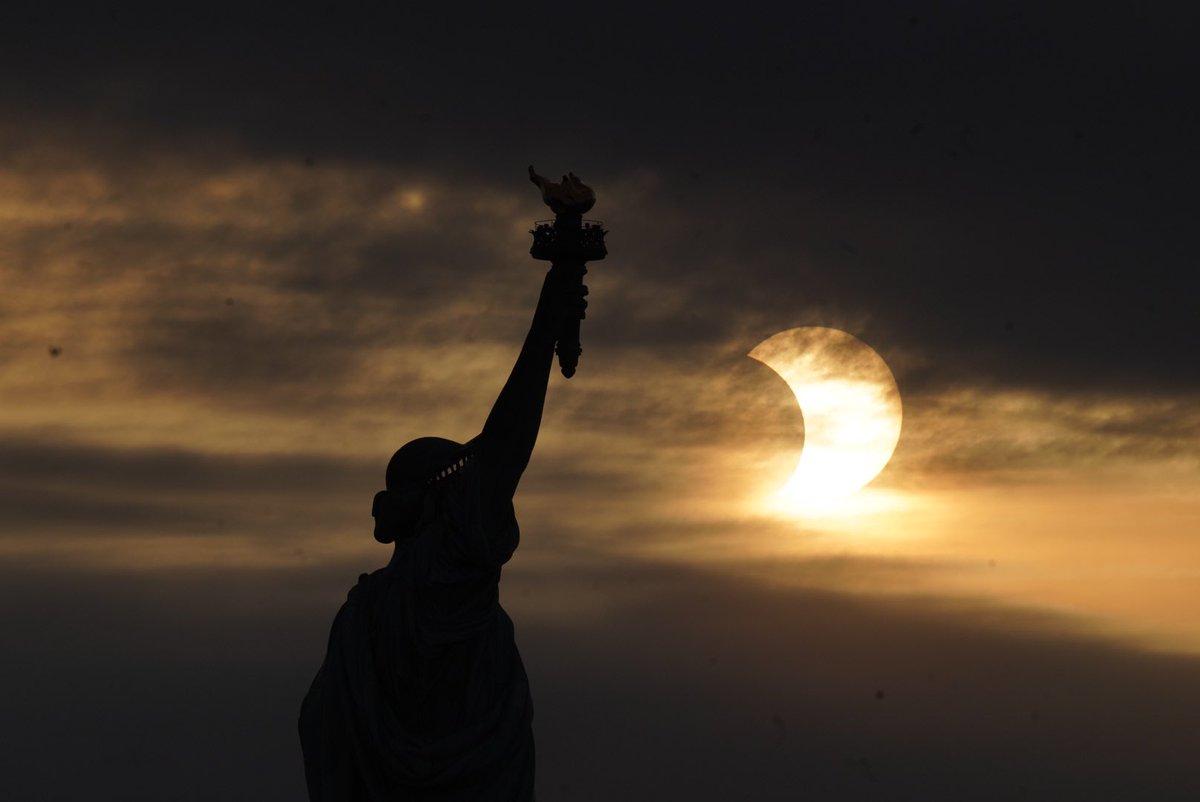 @AnthonyQuintano's photo on #SolarEclipse