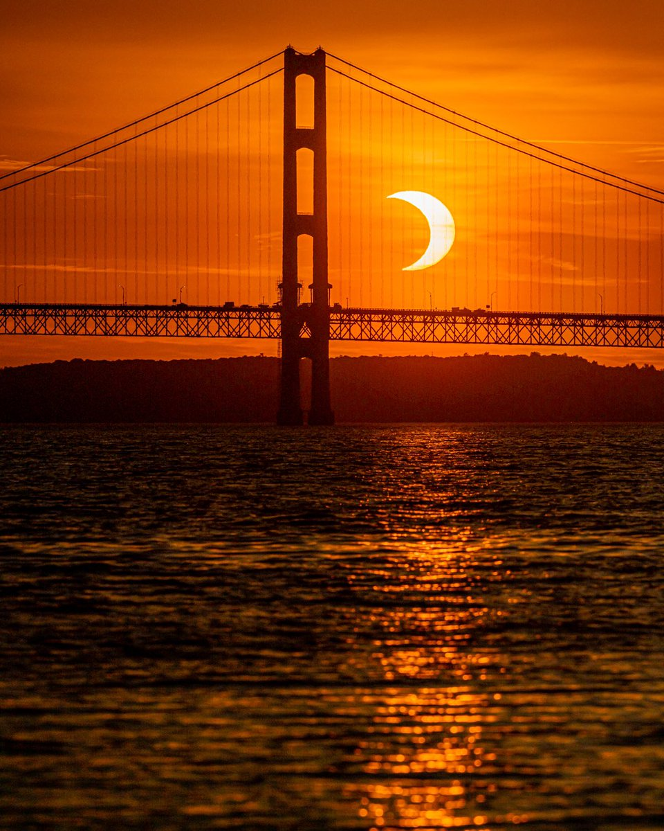 @johnkrausphotos's photo on #SolarEclipse
