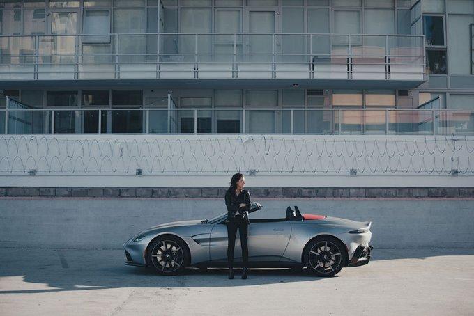Vantage Roadster. Prepare to turn…