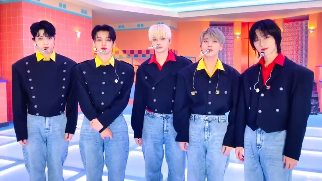 GOOD MORNING WITH TXT Photo,GOOD MORNING WITH TXT Twitter Trend : Most Popular Tweets