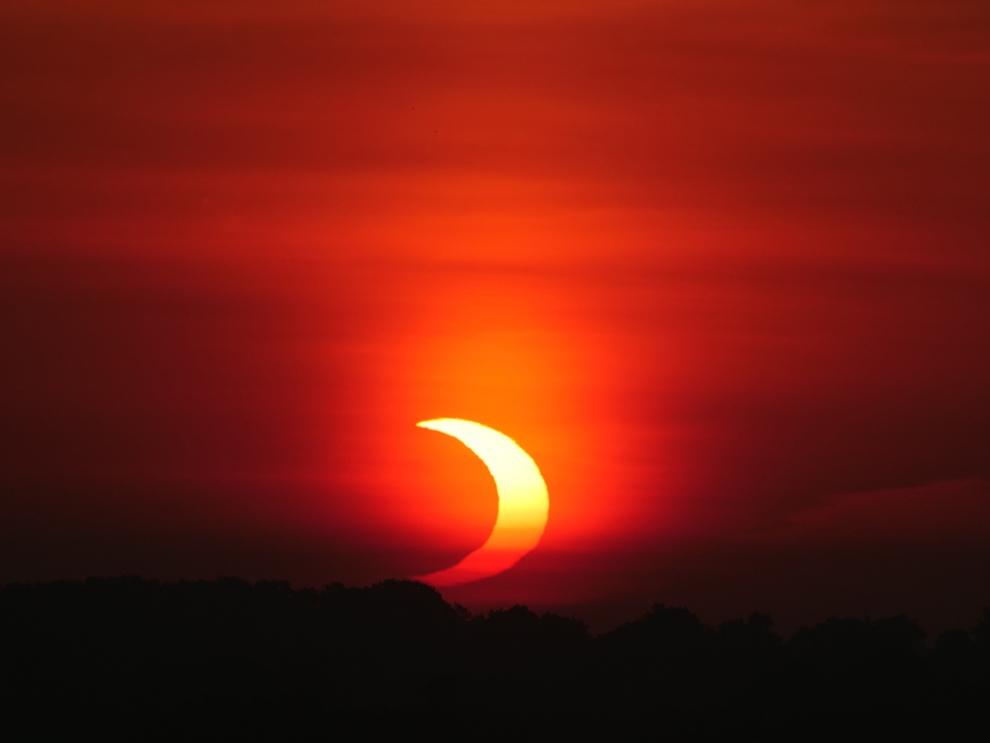 @CanadaInSpace's photo on #SolarEclipse