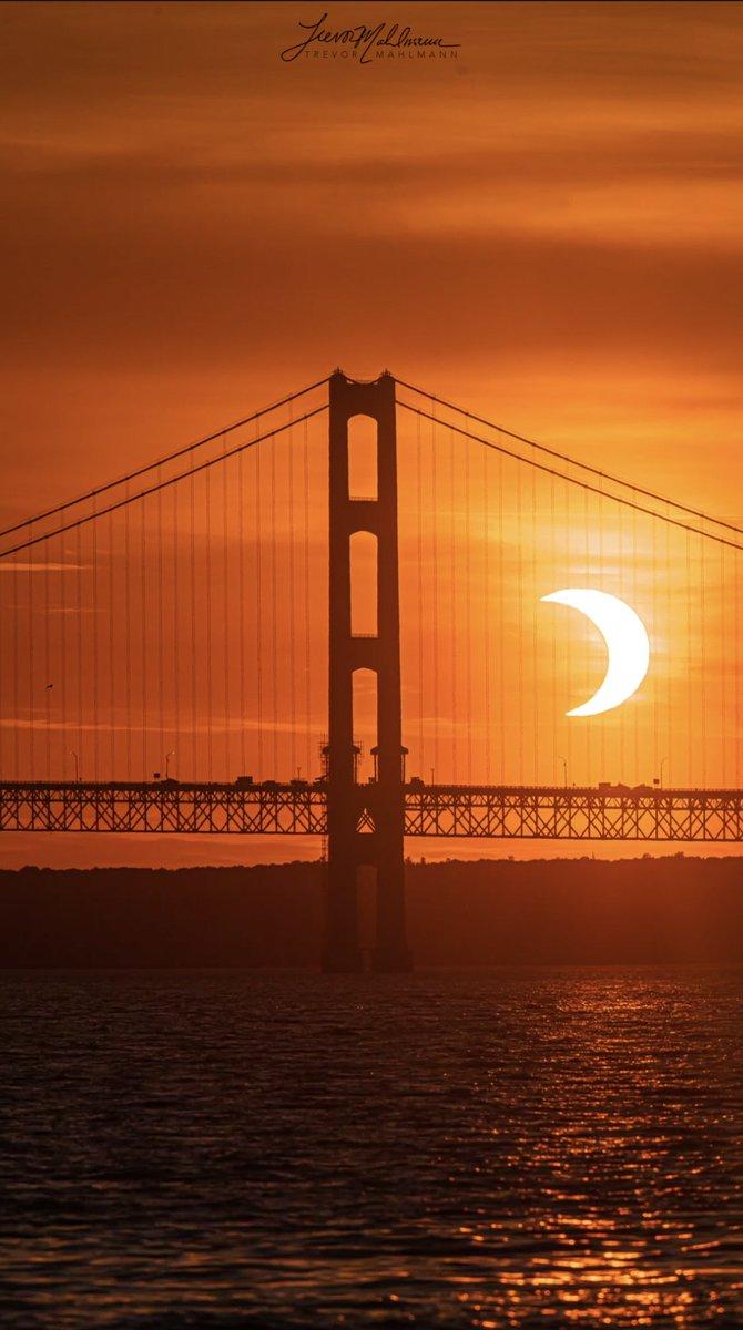 @TrevorMahlmann's photo on #SolarEclipse