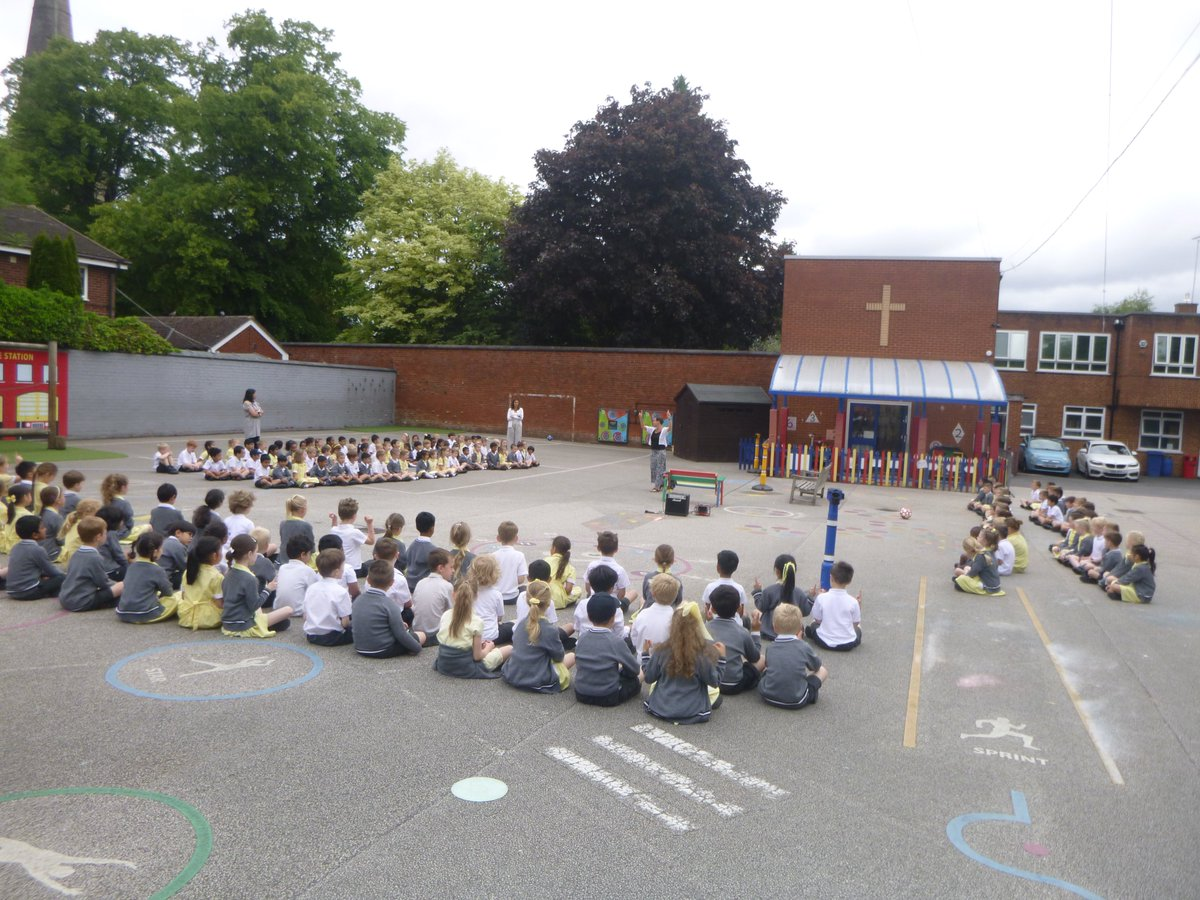 test Twitter Media - There was deep joy in the air today with a whole school song worship in the playground, the first since last February. Beautiful singing could be heard for miles around. Such a delight to lead. https://t.co/ZU5Jr5wAhM