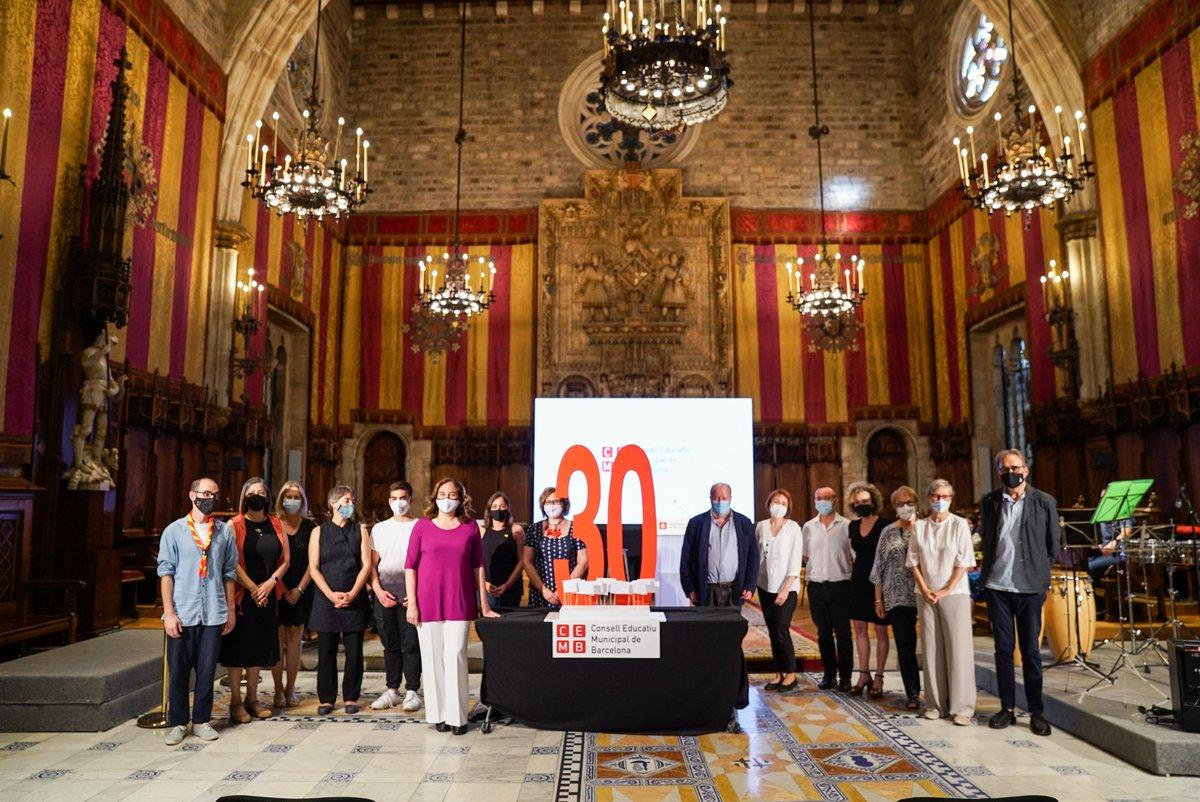 En el marc de la celebració dels 30 anys del Consell Escolar Municipal de Barcelona (CEMB), vídeo dels 10 aprenentatges de l'escola en temps de pandèmia! 👇 https://t.co/TwqSheCJRE
