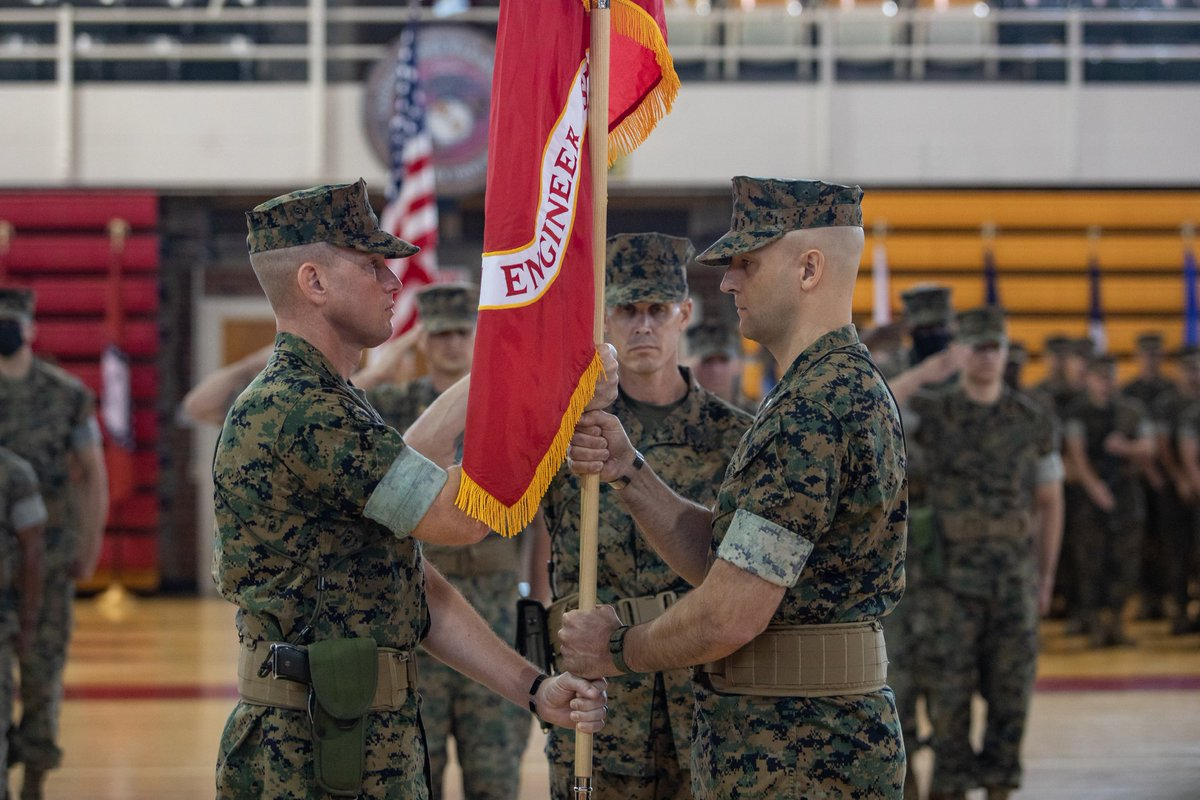 Pioneers of the Fleet Marine Force  Today, we wished fair winds and following seas to Lt. Col. Robert. P. Gerbracht as he relinquished command of 8th Engineer Support Battalion to Lt. Col. Brandon E. Cooley.   #TeamMLG  (#Marines 📸 by Lance Cpl. Scott Jenkins) https://t.co/WNJCfwTmjM