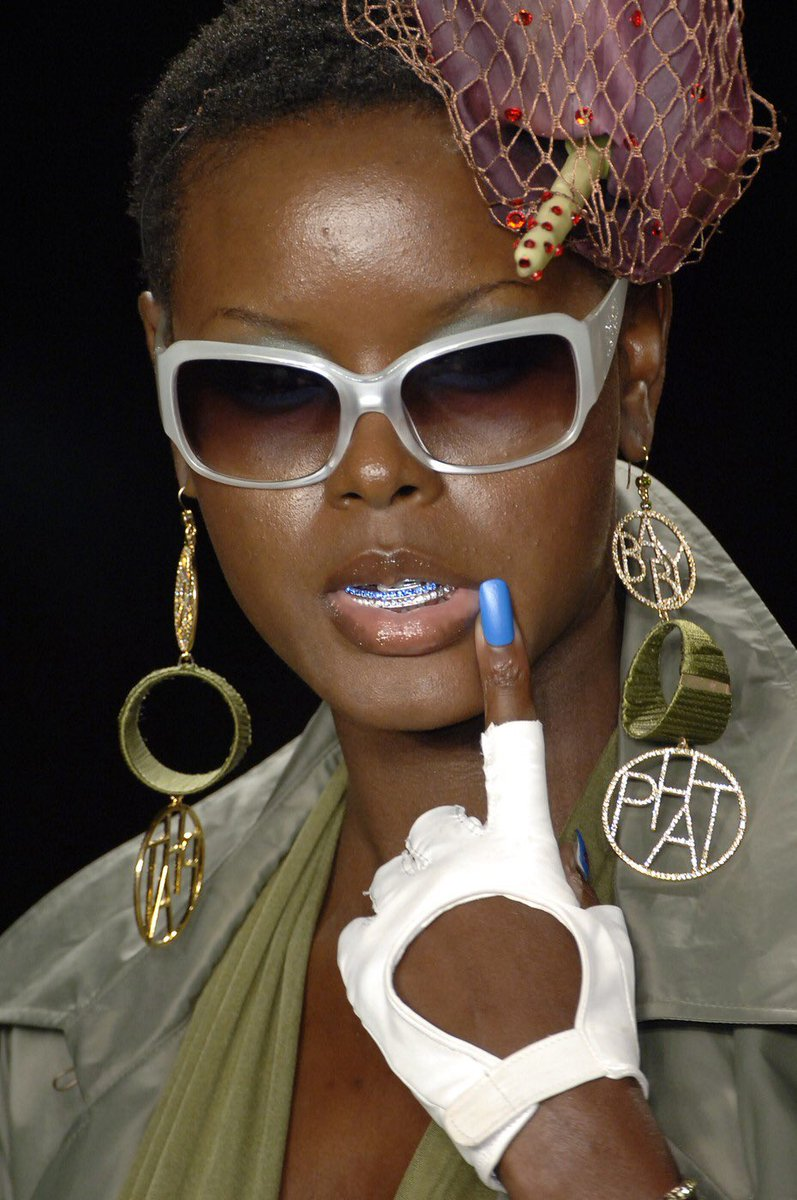Details from Baby Phat Spring 2007 https://t.co/SEe8fynUfv