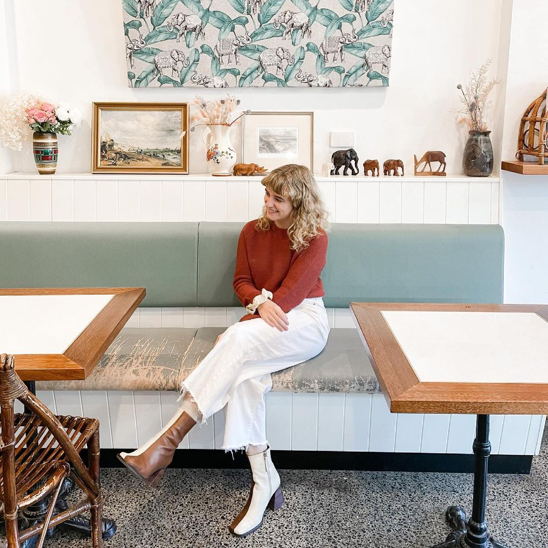 Livin' her best life! (Can we also talk about those boots 🔥😍) ◾◾◾ 📷 Emma B ◾◾◾ #livingyourbestlife #ootd #fashion #boots #oztrekk #studyinaustralia #studyaustralia #futuredoctor #mdstudent #medstudent #studymedicine #studentambassador #macquarieuni #myMQ #sydney https://t.co/khywylkScT