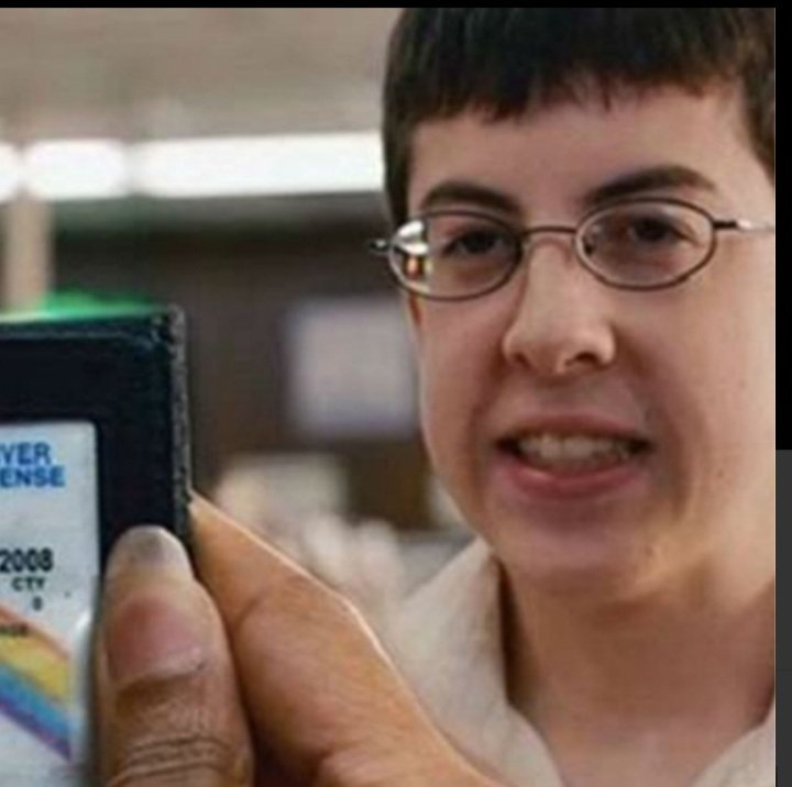 @ufc @Daico_Deiveson 😂😂🤣 is it jus me or does @theassassinbaby not look like McLovin 🤣🤣😂🤣😂🤣😂 https://t.co/SUxGUEboO4