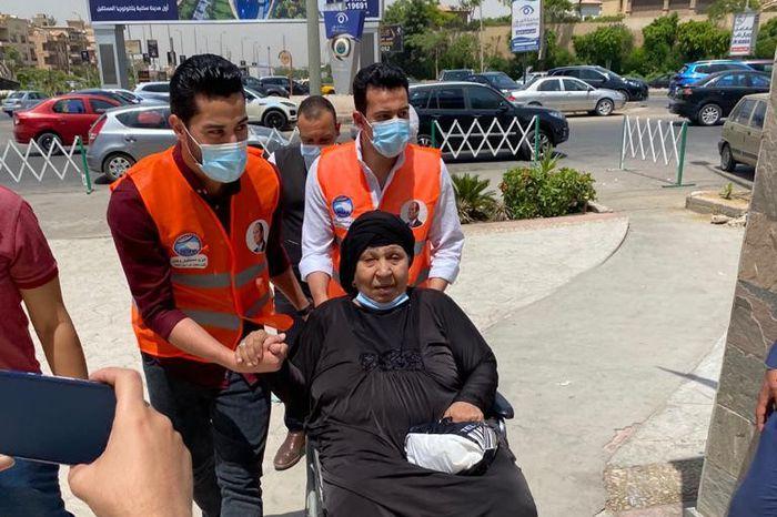 الرئيس السيسي يوجه بنقل فاطمة كشري لأحد المستشفيات لتلقي العلاج المصدر أهل مصر