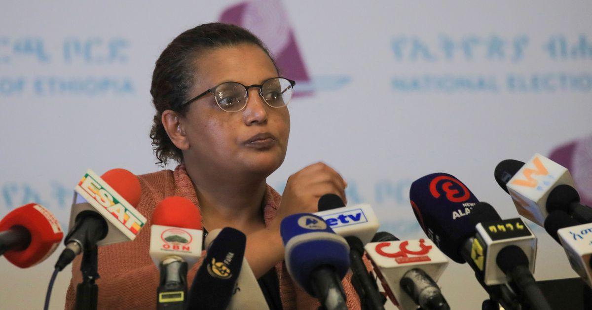 Ethiopia postpones vote in two regions citing irregularities https://t.co/DFMVzFwahz https://t.co/rGp5myhPk9