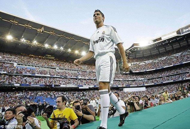 في مثل هذا اليوم في 2009 قام ريال مدريد