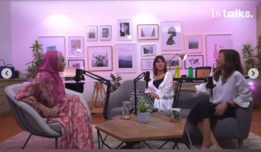 Vlog Kartika Putri yang menannyakan kapan nikah kepada Luna Maya