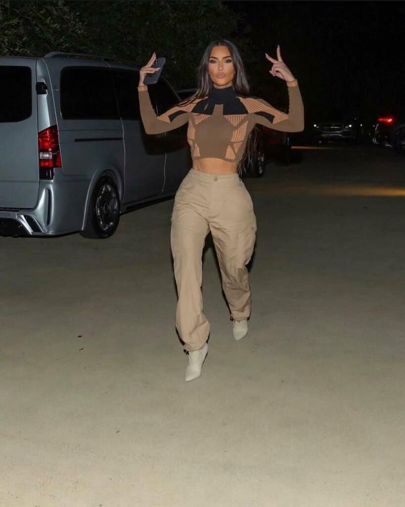 Khloé Kardashian is trolling Kourtney over the end of KUWTK